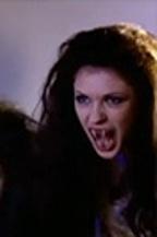 Sonila Vjeshta vampire 8.jpg